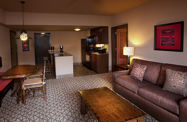 1 king bed  2 queen beds  1 queen size sleeper sofa and 1 twin size sleeper  chair  wheelchair accessible with roll in shower and option for hearing. Disney s Animal Kingdom Villas   Kidani Village   Walt Disney